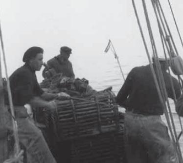 Israël Chevrier et ses fils, en pêche